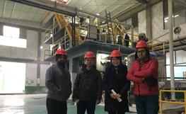 客户参观我们的焦亚硫酸钠工厂